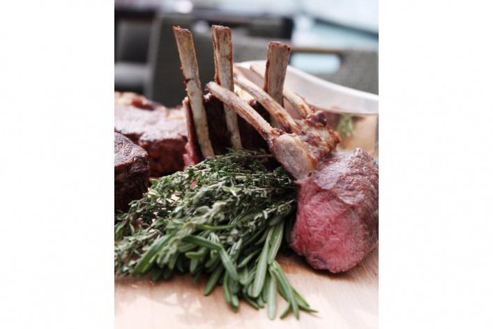 Уругвайское мясо и четыре разных «Шпритца»