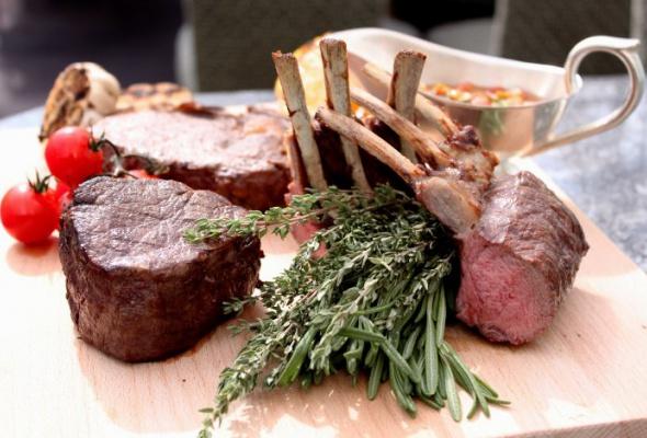 Уругвайское мясо и четыре разных «Шпритца» - Фото №0