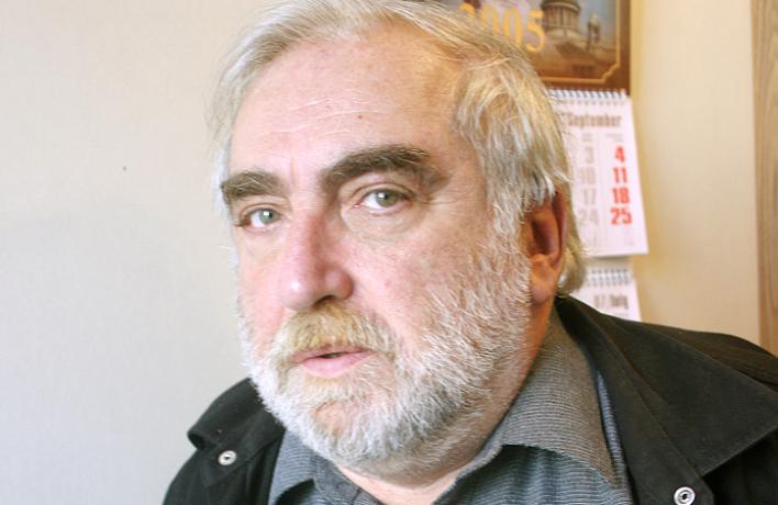 Умер Виктор Топоров
