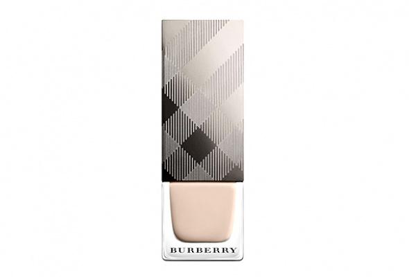 Первый лак для ногтей отBurberry - Фото №0