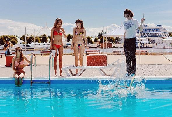 Как мыпровели этим летом: лучшие фото сезона отпусков - Фото №7