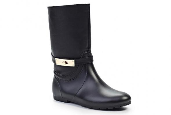 Резиновая обувь: для нее - Фото №12