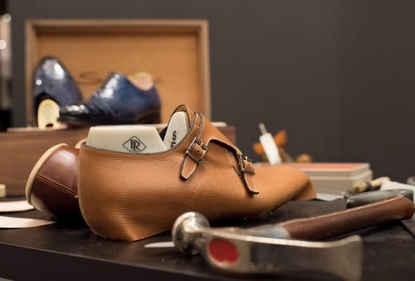Итальянский обувной бренд Santoni запускает услугу Made-to-Measure - Фото №2