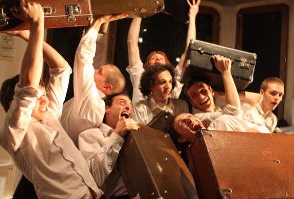 Свежие силы: 5молодых театральных компаний - Фото №2