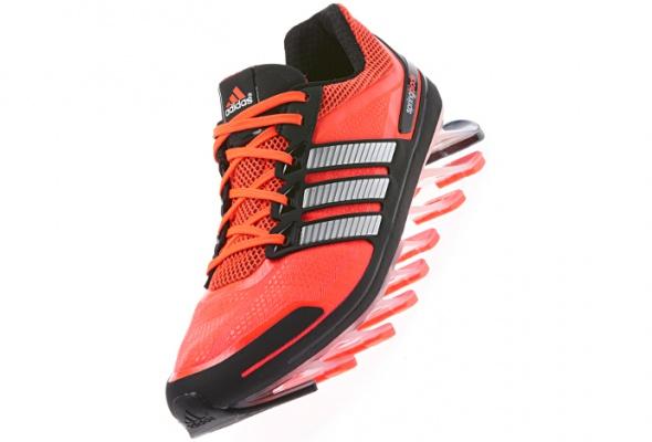 Новые кроссовки adidas поставили на«трамплины» - Фото №1