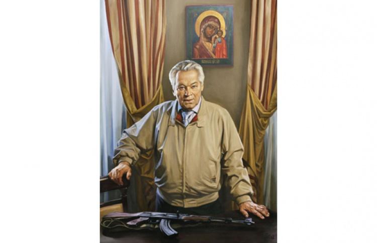 Дары Михаила Калашникова музею