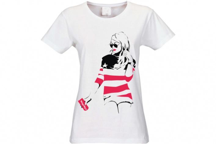 OVS выпустили футболки сроссийскими блогерами