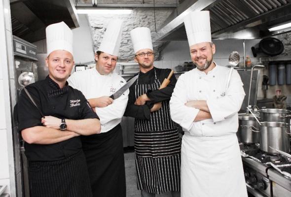 Ресторанная группа ''Свои вгороде'' заявила орасширении бизнеса - Фото №1