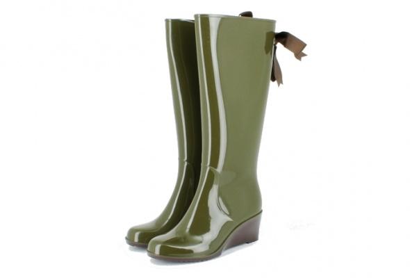 Резиновая обувь: для нее - Фото №24