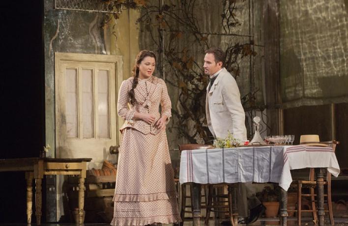 5октября вкинотеатрах открывается новый сезон трансляций спектаклей нью-йоркской Metropolitan Opera.
