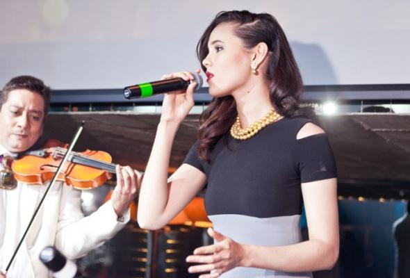 ВМоскве прошел модный показ коллекций филиппинских дизайнеров ижемчуга Jewelmer International - Фото №4