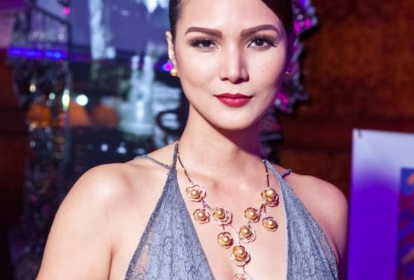 ВМоскве прошел модный показ коллекций филиппинских дизайнеров ижемчуга Jewelmer International - Фото №0