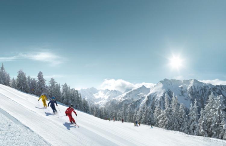 19октября вСнеж.ком состоится горнолыжный праздник «SalzburgerLand Skitag»