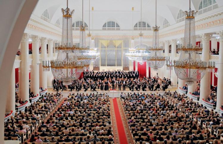Академический симфонический оркестр Филармонии, дирижер Павел Балефф