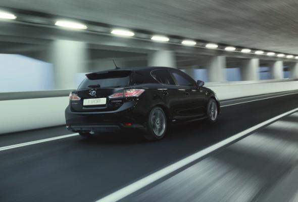 Тест-драйв Lexus CT200h вкомплектации FSport: впечатления - Фото №3