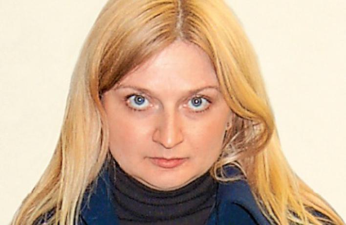Авторитет: Карина Комаровских