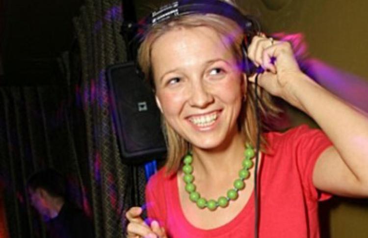 """Техноатмосфера"": DJs Хельга, Чиж"