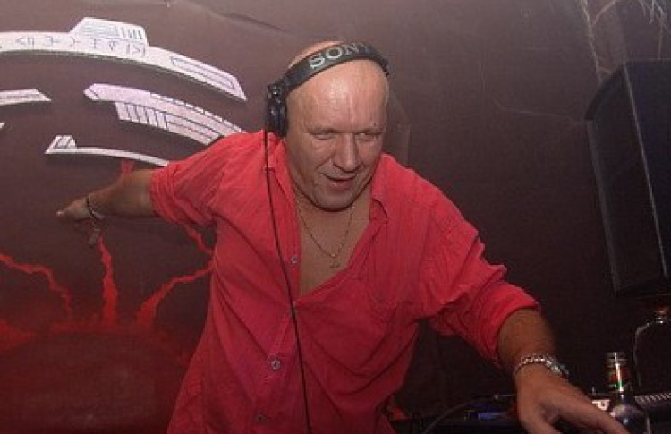Back to the Universe: DJ Мартин Ландерс