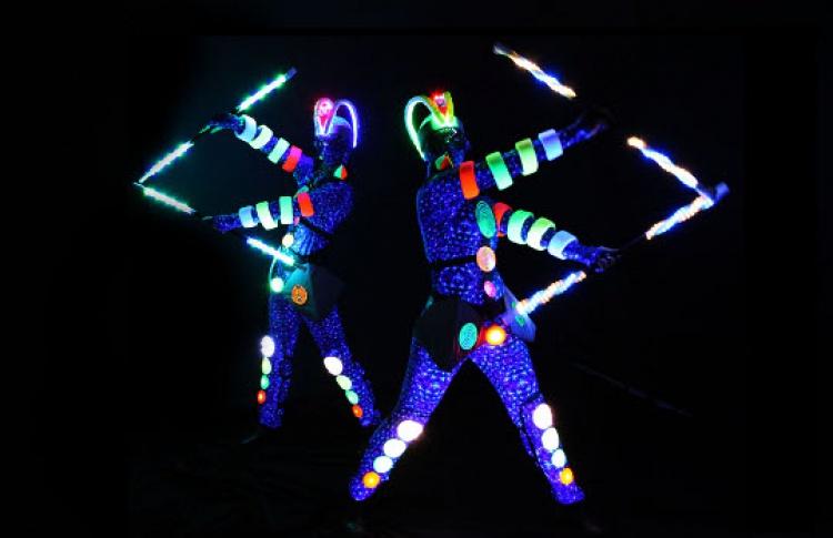 Семейная Ханука «Зажигаем! Свет и танец в одном Флаконе»