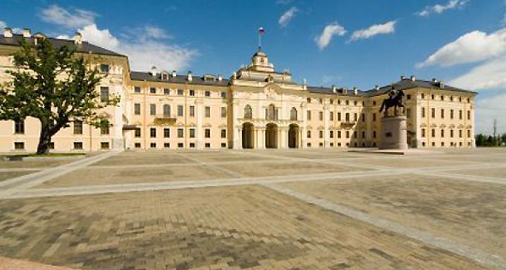 Дворец Конгрессов (Константиновский дворец) в Стрельне