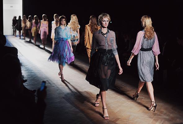 Aurora Fashion Week Russia: review - Фото №25