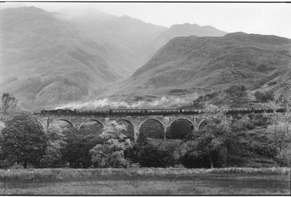 Эллиотт Эрвитт «Великое шотландское приключение» - Фото №1