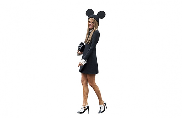 Mickey Mouse Hat отComme des Garcons