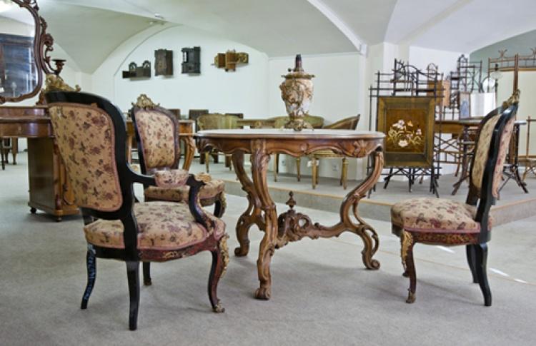 Коллекция мебели XVIII - начала ХХ вв.