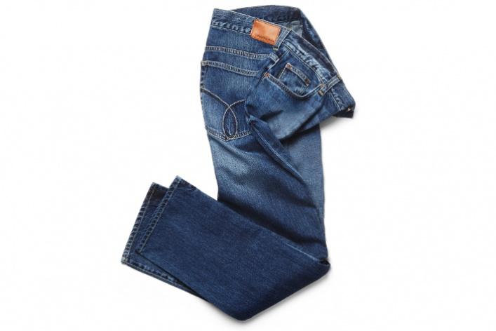 Серые акценты вмужской коллекции Calvin Klein Jeans