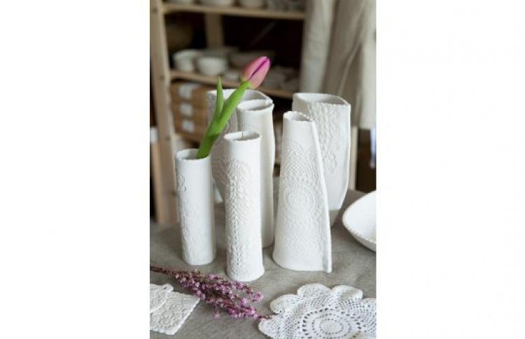 Современная керамика: пластовая техника и ручная лепка