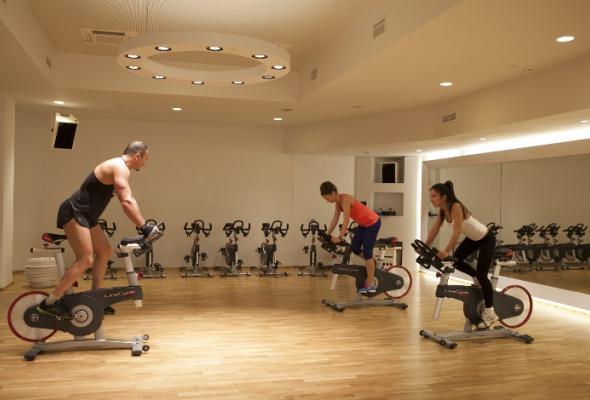 Открылся новый фитнес-клуб вцентре города - Фото №2