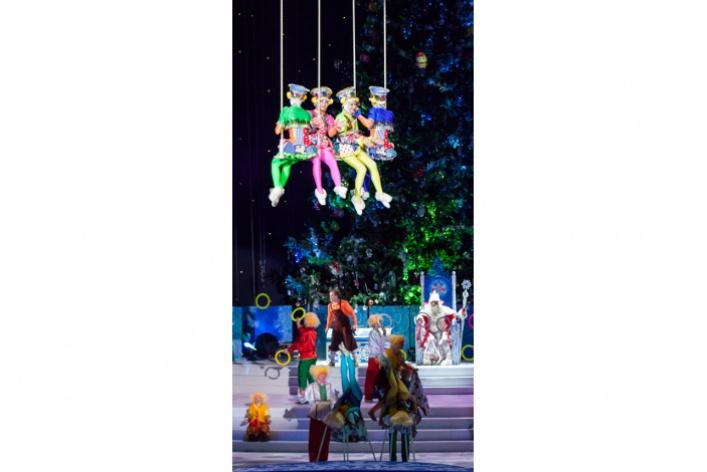Цирк Деда Мороза-2. Олимпийский Новый год