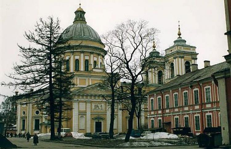 Александро-Невская Лавра открывает музей