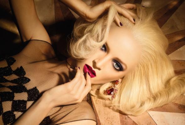 Рождественские коллекции макияжа: выбор Time Out - Фото №0