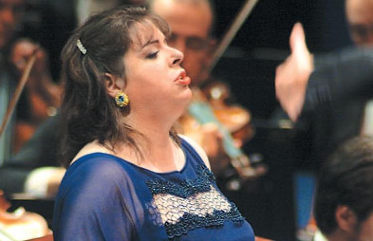 Даниэла Барчеллона (меццо-сопрано, Италия)