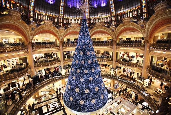 Лучшие новогодние елки мира: фотогалерея - Фото №2