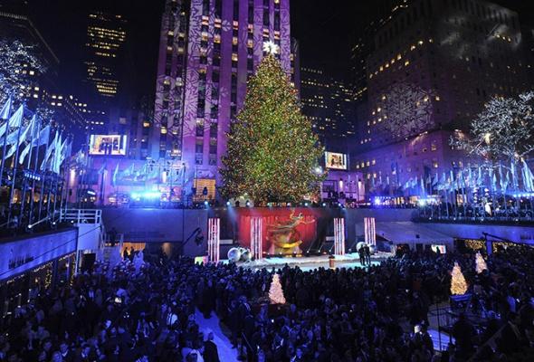 Лучшие новогодние елки мира: фотогалерея - Фото №5