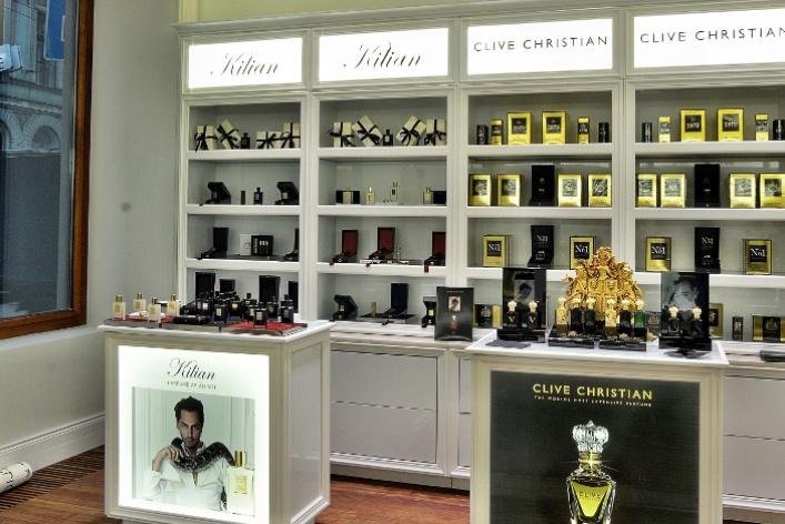 ВПетербурге октрылся бутик селективной парфюмерии «Molecule»