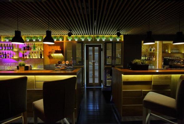 Напроспекте Науки открылся бар-ресторан Vseхорошо - Фото №8