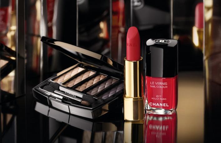 Рождественская коллекция макияжа Chanel