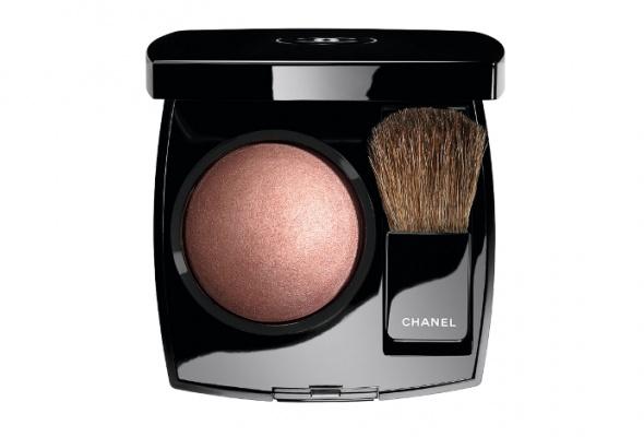 Рождественская коллекция макияжа Chanel - Фото №5