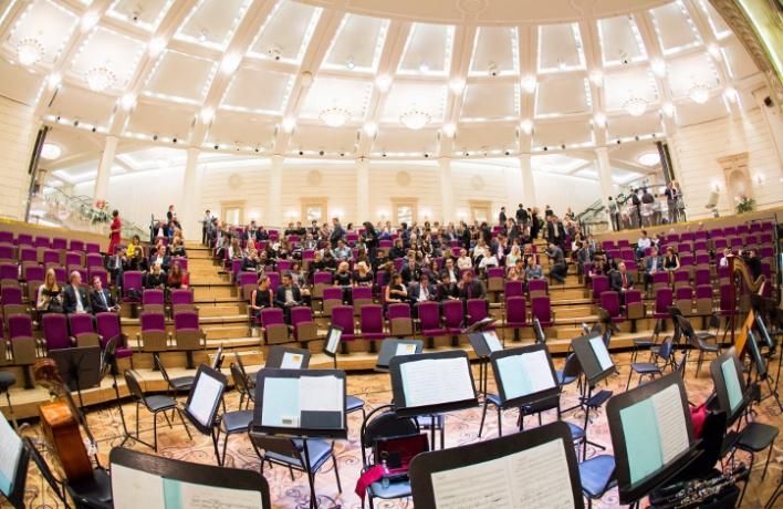 ВБольшом театре прошел рождественский концерт MasterCard Бесценная Москва