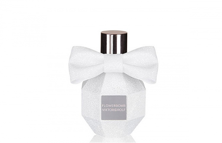 Рождественская версия аромата Flowerbomb отViktor&Rolf