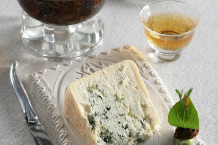ВМоскве прошел гастрономический чайно-сырный спектакль