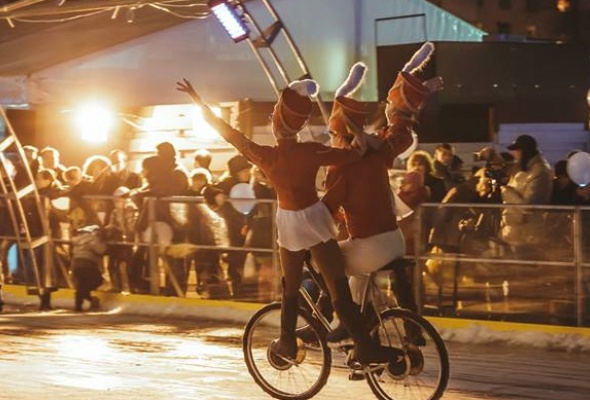 Новогодние развлечения впарках Москвы - Фото №1
