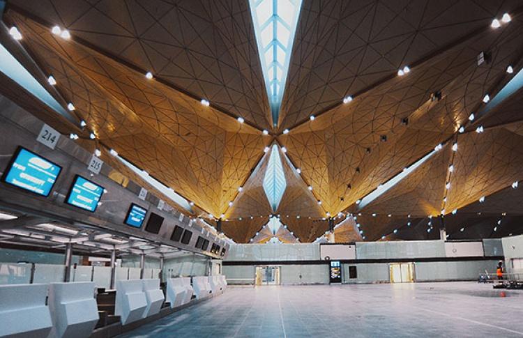 В«Пулково», попримеру московских аэропортов, запретили проносить наборт жидкости