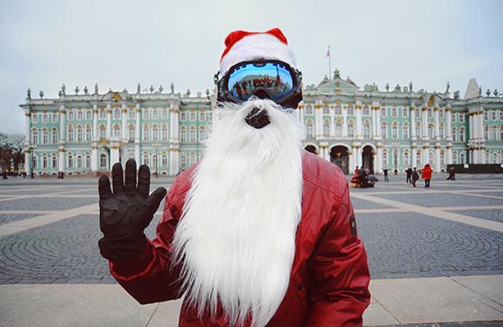 Деды Морозы уехали насвоих двоих
