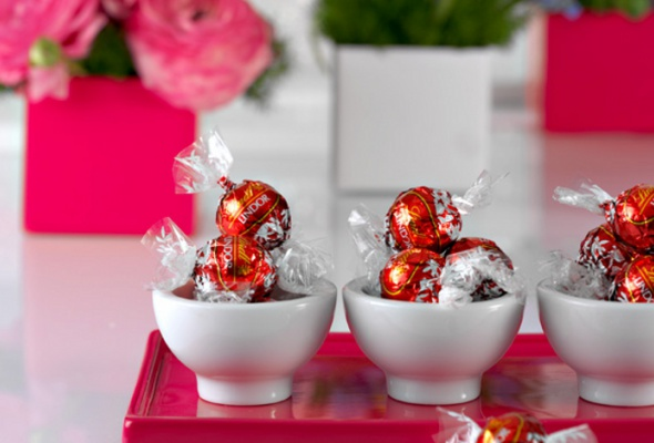 Весенняя коллекция шоколада LINDOR— особый подарок женщинам кпразднику 8Марта - Фото №0