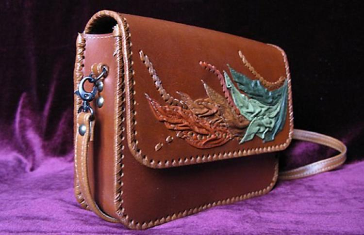 Декоративная сумочка из натуральной кожи