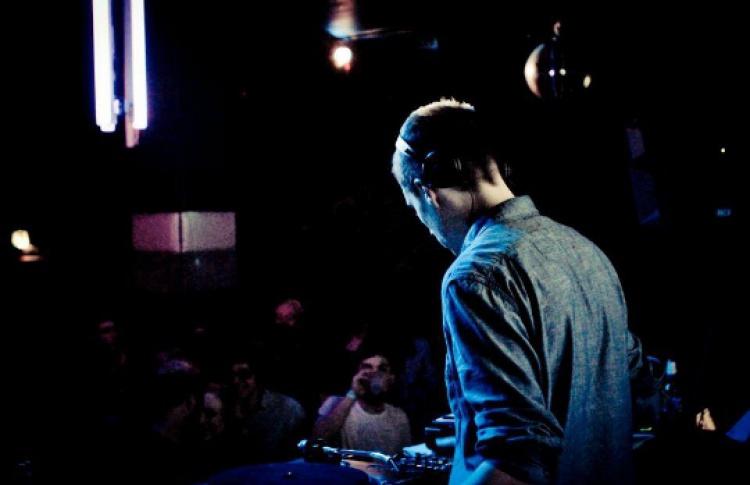 «Robinsons Depositories»: DJs Алекс Коултон, Hodge